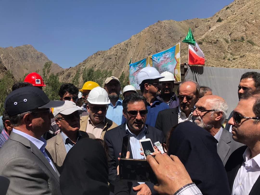خادمی در بازدید از آزادراه تهران شمال