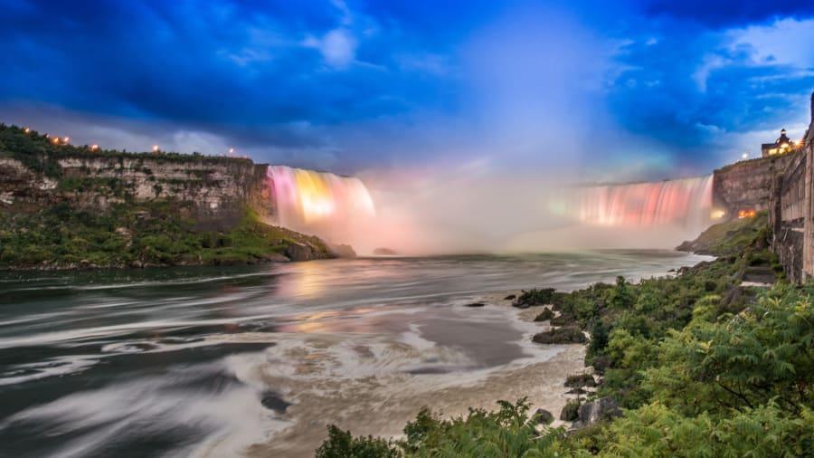 http___cdn.cnn.com_cnnnext_dam_assets_140630141756-15-canada-most-beautiful-places