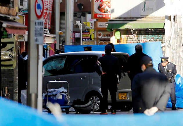 Vehicle plows into New Year's crowd in Tokyo, injures eight people