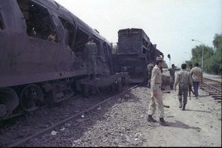 گزارش تصویری/ روزی که مسافران قطار اهواز به تهران غریبان جان باختند