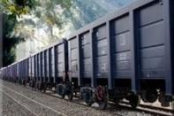 خروج قطار باری از ریل و واژگونی یک دستگاه واگن گوگرد