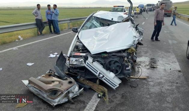 چهارعضو خانواده در واژگونی سواری پراید در طرقرود نطنز جان باختند