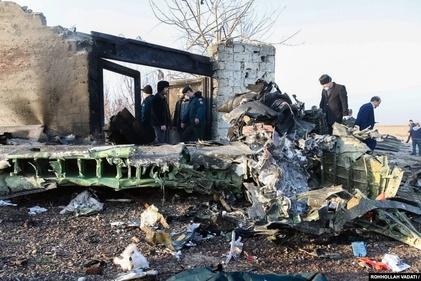 ویدئوی وحشتناک  دوربین مدار بسته از لحظه به زمین خوردن و انفجار هواپیمای اوکراینی