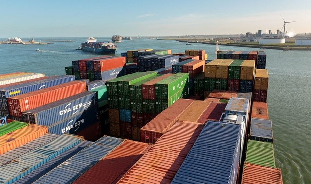 Port of Rotterdam tests monitoring system to ease container transport