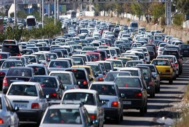 ترافیک در ورودیو خروجی مشهد نیمه سنگین است