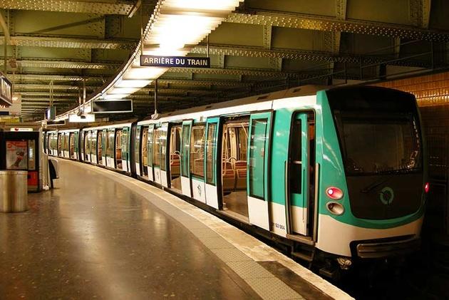 رای رانندگان و کارکنان مترو پاریس برای تمدید اعتصاب