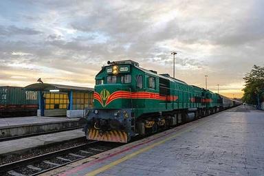 ضرورت استرداد مالیات نهادههای خدمات حملونقل ریلی به شرکتها