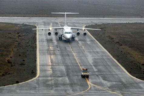 فرودگاه زنجان رونق می گیرد / برنامه ریزی برای پروازهای جدید به تهران و مکه