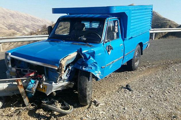 برخورد اتوبوس با یک دستگاه خودرو ۲ کشته و یک مصدوم برجا گذاشت