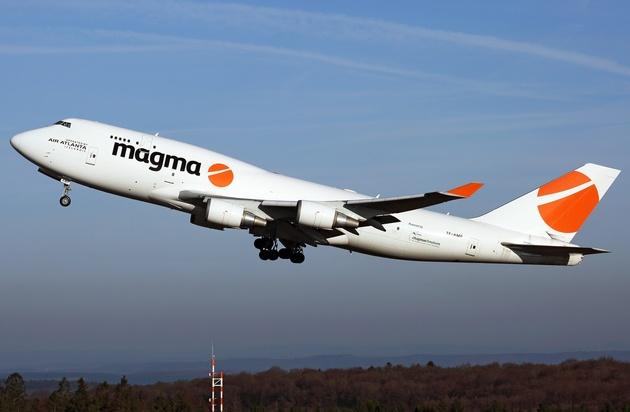 هواپیمای حامل کمکهای بشردوستانه ایتالیا وارد فرودگاه امام(ره) شد