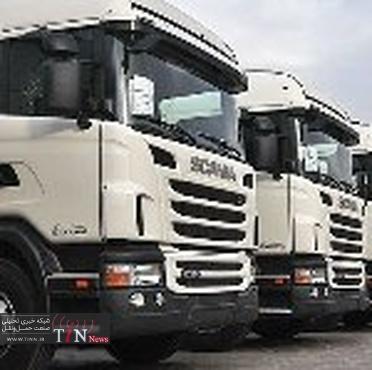 فعالیت ۱۰هزار شرکت حمل و نقل در کشور / ۹۰ درصد جابجایی بار و مسافر از طریق جاده صورت می گیرد