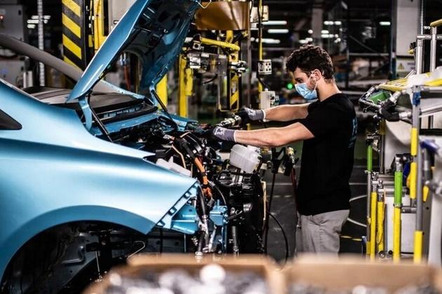 دمیده شدن جان تازه در صنعت خودروسازی جهان