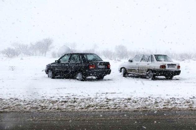جاده های اکثر استان های شمالی بارندگی دارد