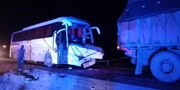 تصادف ۲ اتوبوس در یک روز در محورهای سمنان