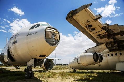 هواپیماهای اوراقی در فرودگاه امام