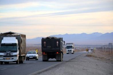 ترافیک سنگین در جادههای خروجی مشهد
