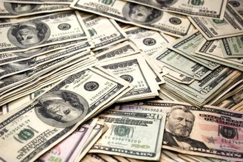 جنگ دو جریان در بازار دلار