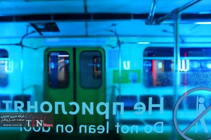 تمیزکردن واگنهای مترو در مسکو