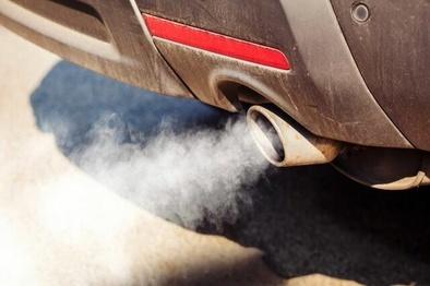 تاثیر آلایندههای سوخت خودروها بر خطر ابتلا به نوعی بیماری چشمی