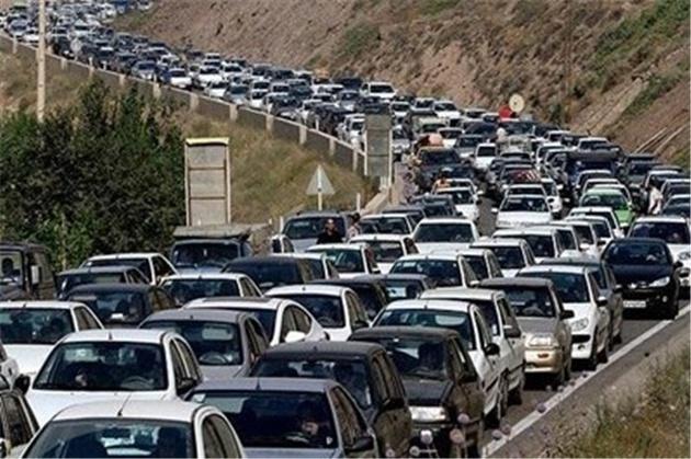 معضل «خودرومحوری» ایرانیها با این دو راهکار از بین میرود؟