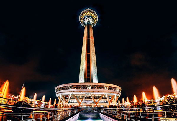 برج میلاد امشب قرمز میشود