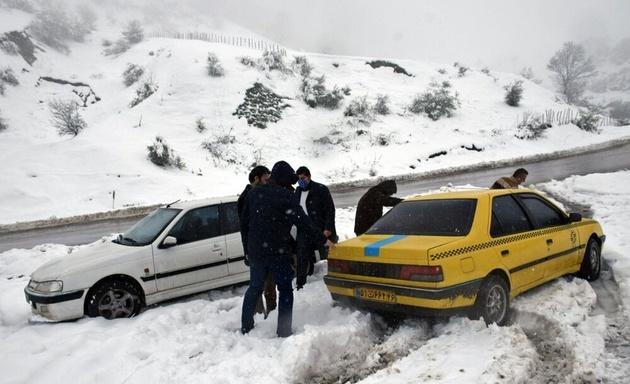 مه غلیظ، بارش برف و کولاک در ارتفاعات استان تهران پیشبینی میشود