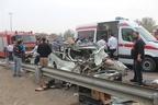 رهاکردن هزاران بادکنک مشکی به یاد قربانیان تصادفات