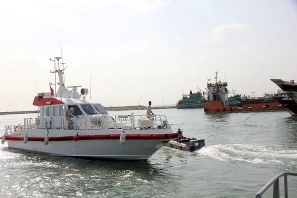 علت توقف تردد مسافری میان گناوه و خارگ نقص فنی شناورها است