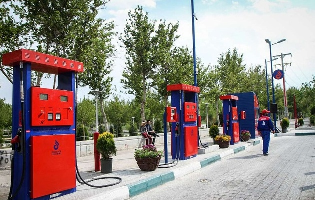 احداث صد جایگاه کوچک عرضه بنزین در محلات تهران