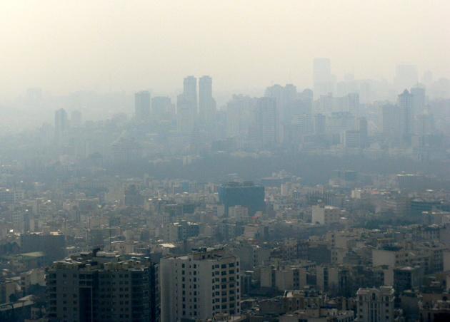 سایه ذرات معلق از هوای تهران کم نشد