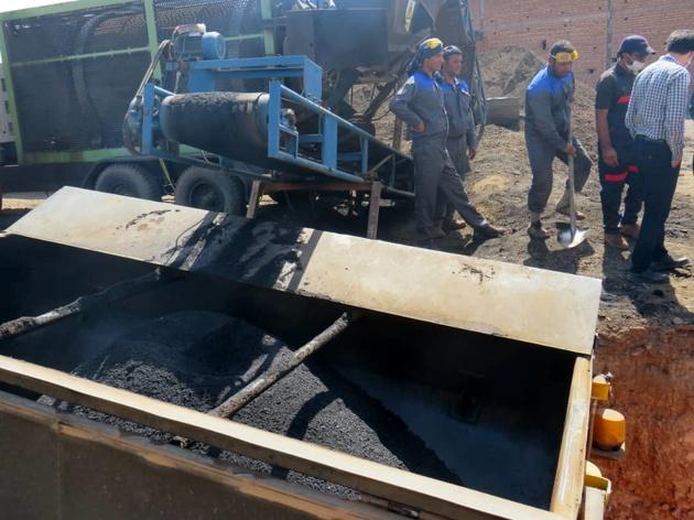 آغاز عملیات بازیافت تراشه های آسفالت راه های قزوین