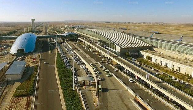 افتتاح 8 پروژه عمرانی در شهر فرودگاهی امام با حضور وزیر راه