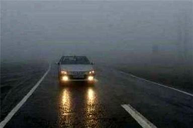 لغزندگی سطح جاده های زنجان بر اثر بارش باران / احتمال بارش برف در ارتفاعات
