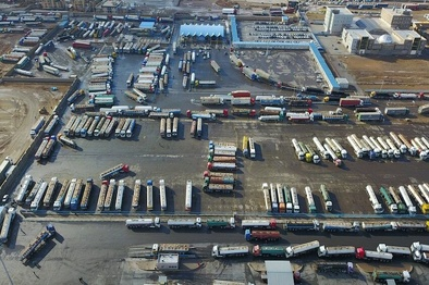 دلایل مبهم برایتوقف کامیونها در گمرک دوغارون