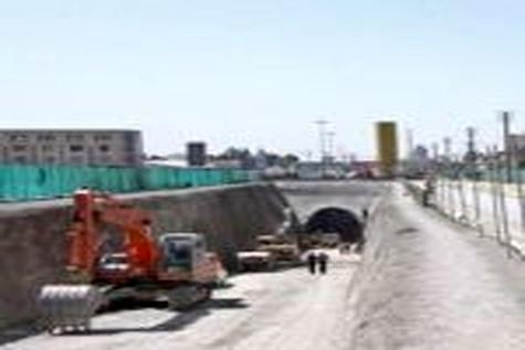 ساخت پل یک کیلومتری در بزرگراه بعثت