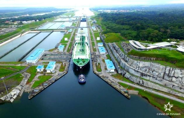 Panama Canal Marks 4,000 Neopanamax Transits