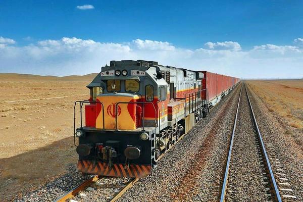 ریشه عدم استقبال صاحبان کالا از راه آهن چیست؟