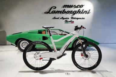 دوچرخه الکتریکی لامبورگینی به بازار میآید + تصاویر