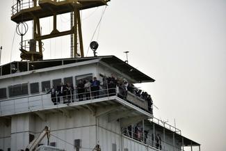 گزارش تصویری/ ادای احترام به دریانوردان نفتکش سانچی در خوزستان