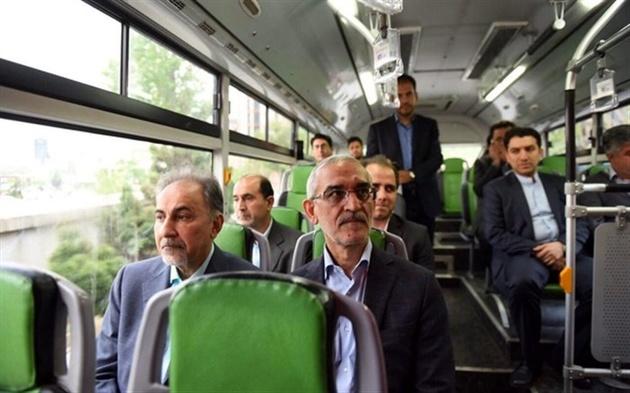 اتوبوسسواری نجفی در سالروز تاسیس شرکت واحد اتوبوسرانی