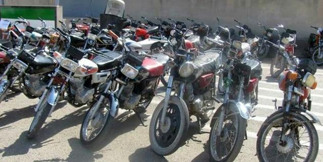 پلیس هیچ دخالتی برای دریافت هزینه در پارکینگهای موتورسیکلت ندارد