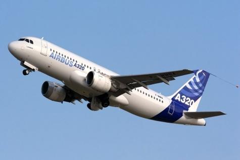 نخستین پرواز هواپیمای ایر باس ۳۲۰ از کیش به مقصد تهران انجام شد