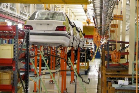 سود تسهیلات ۲۵ میلیونی خودرو زیاد است / سیاست انبساطی تورم زا است