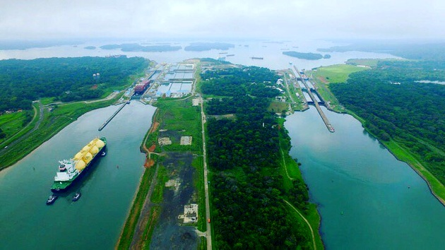 'First of Many': Ship Carrying LNG from U.S. East Coast to Japan Transits the Panama Canal