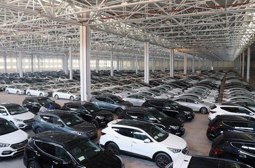 کاهش شدید واردات خودرو در سال 97