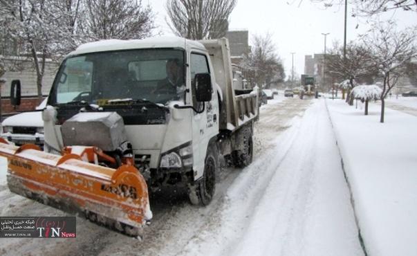 بارش برف راه ارتباطی برخی روستاهای خلخال را بست