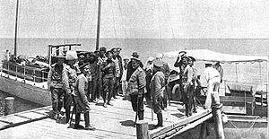 عکس| برگی از تاریخ کشتیرانی در ایران