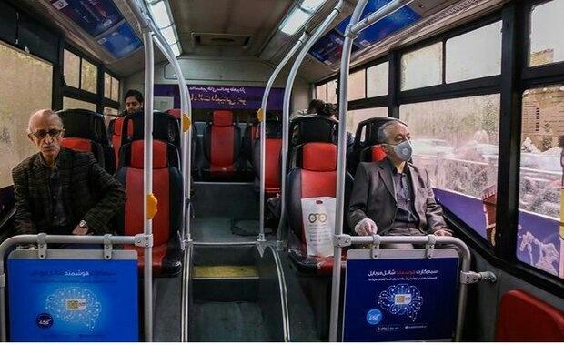 خطر انتقال سریع کرونا از مسافرانِ بدون ماسک در اتوبوس