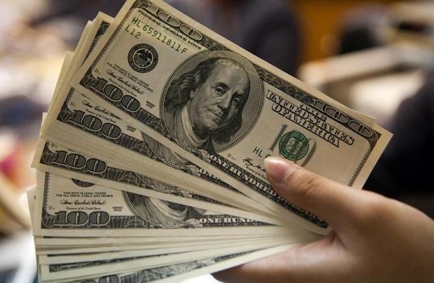 فاصله دلار نیمایی با آزاد کاهش یافت