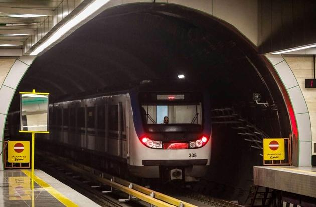 اتصال برج میلاد به بازار تهران با راهاندازی ایستگاه مولوی